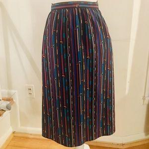 Fun vintage midi skirt Size 4/5 Fits like a 0-2